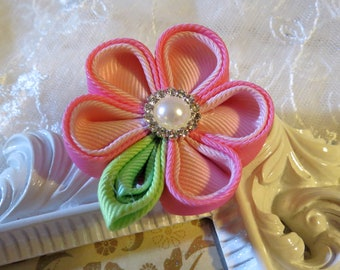 Retractable I.D. Badge Holder in Kanzashi Ribbon Flower