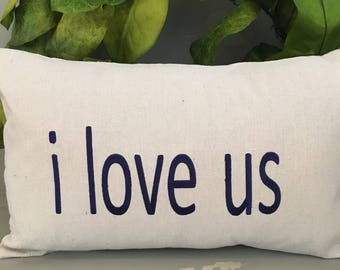 Embroidered lumbar pillow I love us