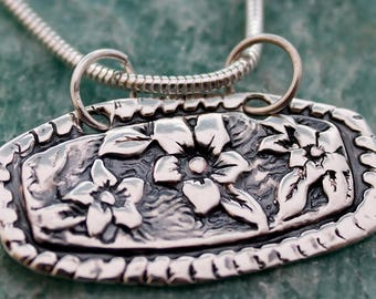 floral pendant / floral necklace / fine silver pmc / silver snake chain / handmade