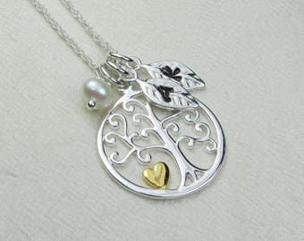 Personalized Mothers Necklace Sterling Silver Family Tree Necklace Leaf Initial Necklace for Grandma Personalized Jewelry Gift