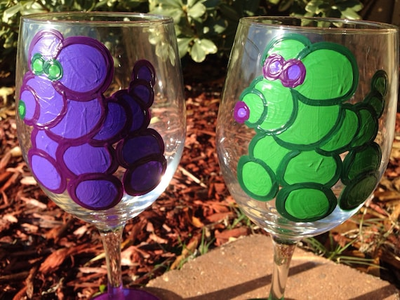 Bead Dog, Mardi Gras Wineglass Bead Dog Art New Orleans wine glass