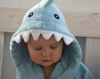 hooded towel shark blue, READY to SHIP, shark in blue, bathtime, summer vacation, beach towel
