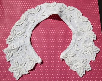 Antique Lace Vintage Lace Collar Eyelet Whitework Embroidery Leaves
