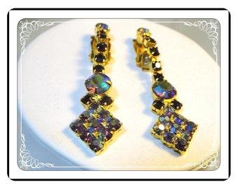 Vintage Red Rhinestone  Earring  - Drippy Aurora Borealis   -   E2154a-090913000