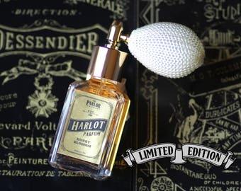Harlot Parfum - Honey Blossom Perfume - Atomizer Bottle Spray 1 oz.