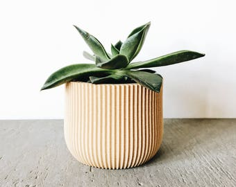 Planter LOTUS minimalist scandinavian design printed in wood perfect for succulents and cacti! Original gift Mother's Day