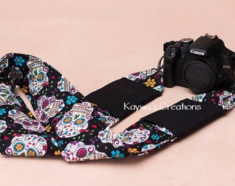 Creative DSLR Camera Strap: quick release & pockets {Black Skull}