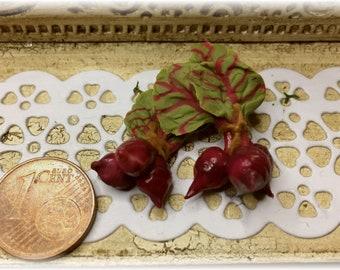 FIMOBABSI Mini Market, 2 bunches of beetroot, handmade