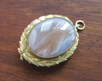 Victorian to Edwardian Agate Pendant - Converts To Brooch - Antique Jewelry - Gold Filled - Laurel Leaves - C1900