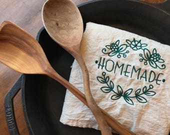 Homemade embroidered flour sack tea towel, natural cotton dish towel, kitchen label, green reusable kitchen gift, housewarming present