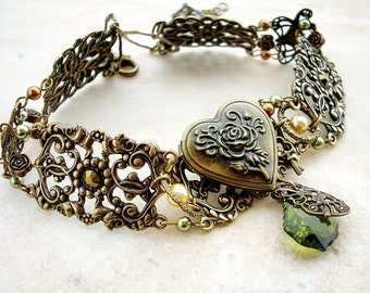 Victorian Choker Victorian Jewelry Heart Locket Antique Brass Choker Personalized Womens Green Gold Filigree Choker Gift mom wife girlfriend