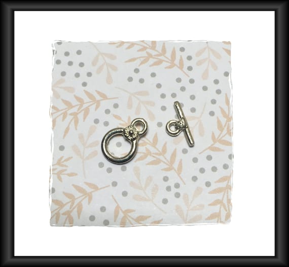 Silver 13 mm Flower Theme Toggle Clasp