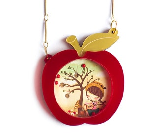 Red Apple. Place the little balls. Necklace or Brooch.