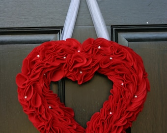 Red felt heart wreath