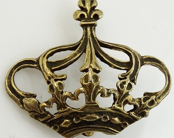 Vintage Dolly Smith Crown Brooch Pin