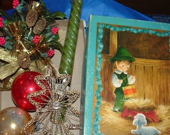 Vintage Card Box Pinecone and Red Berry Corsage  Mercury Glass Balls Green Candle Wire Tree Ornament