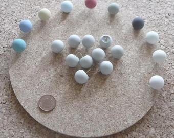 Concrete ball pushpins