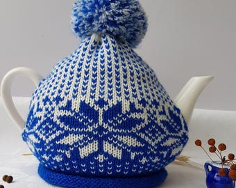 Vintage blue and white Tea Cosy/Cosy Vintage Style for your Teapot