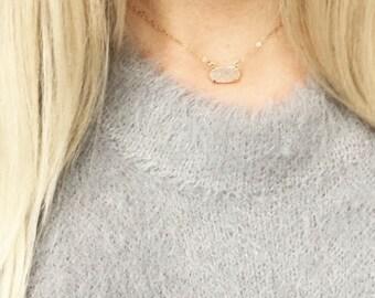 Druzy choker necklace, white druzy pendant necklace, modern pretty jewelry