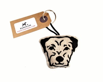 Border Terrier Keyring - natural