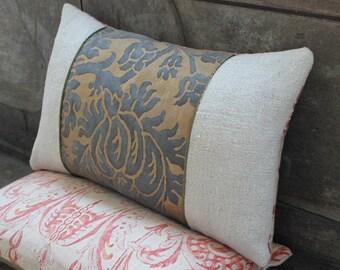 Lumbar Fortuny Pillow in Barberini Grey and Silvery Gold, back in Mazzarino