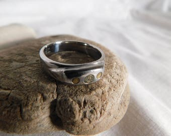 Silver Tone Ring Size 9 Gold accents