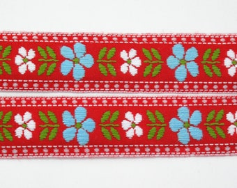 """Blue & White Daisy Floral on Red Jacquard Ribbon Vintage Sewing Trim,  Tyrolean Trim 7/8"""" wide - 3 yards - Millinery, Haberdashery"""