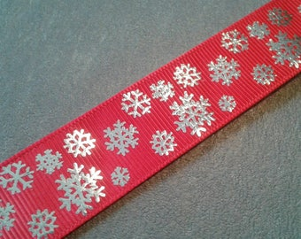 Ribbon 2.2 cm red with silver snowflake pattern