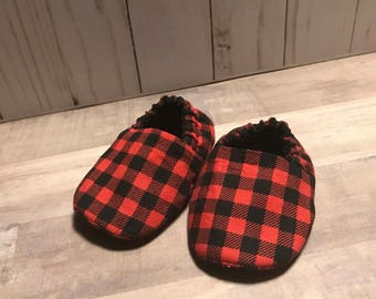 Buffalo Plaid Baby Slippers - Booties - Crib Shoes - Red Black - Lumberjack
