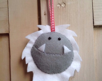Hanging Felt Yeti/ Monster face