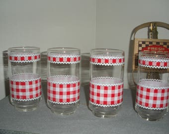 Vintage Ice Tea Water Tumblers Glasses Gingham Pattern Red and White