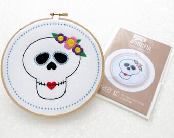 Sugar Skull Embroidery Pattern, Printed Fabric Hoop Art Pattern, Modern Embroidery, DIY Cinqo De Mayo Decoration, Candy Skull Needlecraft