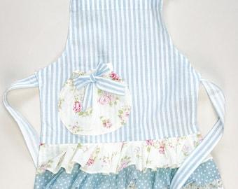 Girls apron . Toddler apron . Playtime apron . Mommyandme apron . Childs apron .