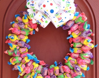 Bubble Gum Birthday Candy Wreath College Student Gift Kids Party Gift Arrangement Unique Edible Centerpiece