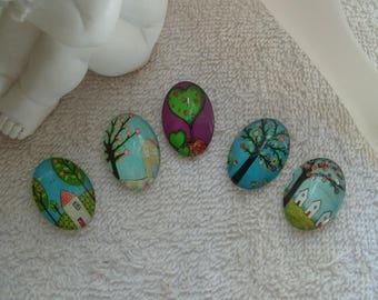 CABOCHONS DESSINS D'ENFANTS  2.5 cm  en verre ovales arbres dessins d'enfants lot de 5 pour supports camées