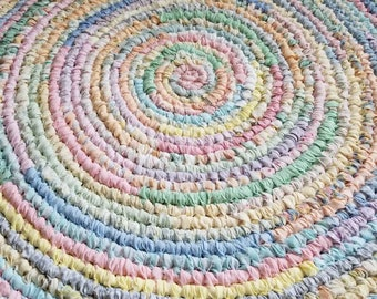 Handmade Round Rag Rug - Pastels - Solids and Prints