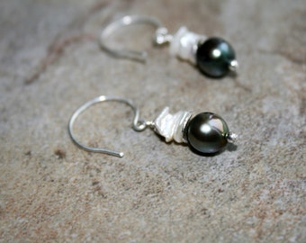 RAIN FOREST FW Pearl and Sterling Earrings