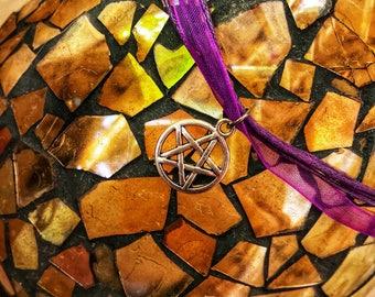 Wiccan Necklace / Wicca Necklace / Pagan Necklace / Pentacle Necklace / Pentacle Jewelry / Pentacle Charm Purple Necklace / Pentacle