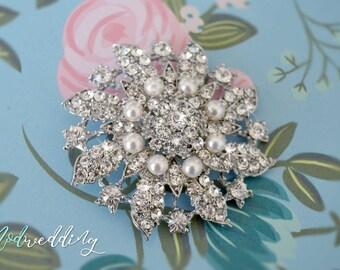 Crystal Brooch, Wedding Dress Pin, Bridal Brooch, Crystal Rhinestone Sash, Rhinestone Brooch, Bridal Pin, Bridesmaid Pin