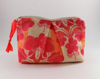 Peach and Pink Print Zip Bag Cosmetic Bag Travel Bag Zippered Makeup Bag Snack Bag