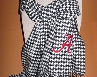 Alabama Houndstooth scarf. Crimson Tide.