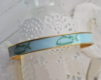 Women's Preppy Bangle Bracelet - Long Island Fish