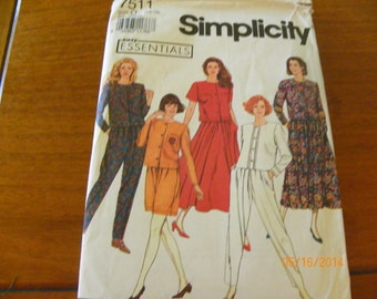 Vintage 1991 Simplicity 7511 Sewing Pattern Misses' Pants or Shorts, Skirt, and Top, Size O (12 - 16)