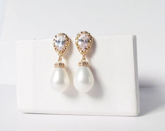 pearl drop earrings gold, pearl teardrop earrings, teardrop pearl earrings ,wedding earrings, pearl bridal earrings, pearl bridal jewelry
