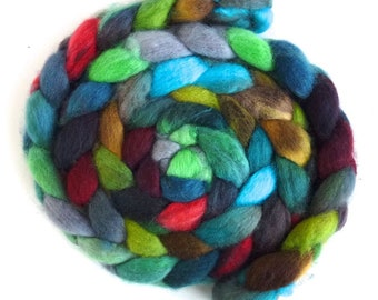 BFL Wool Roving - Hand Painted Spinning or Felting Fiber, Flashing Cardinal