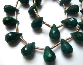 RARE-Half Strand of  Emerald Green  Corundum Sapphire  Faceted Briolettes 9mm - 10mm Gemstone Beads Precious