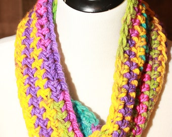 Beautiful crochet Cowl *READY TO SHIP*