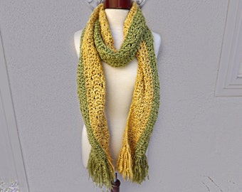 Vintage Handmade Yellow and Green Chunky Knit Scarf, Long Two Tone Scarf, Green Knit Scarf, Fringed Scarf, Long Green Scarf, Long Knit Scarf