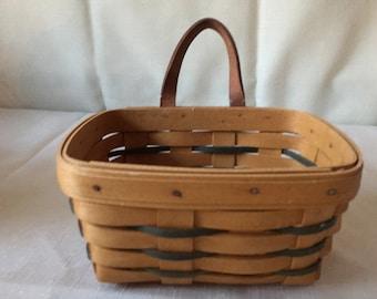 1997 Small Longaburger Key Basket only.