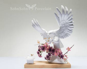 Falconry Shaped Porcelain Vase